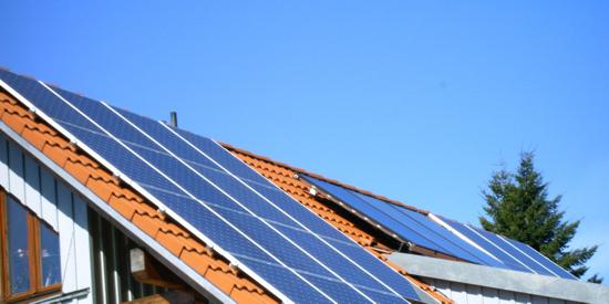 PV-Anlage vom Energieversoger pachten - Untersuchung der Verbraucherzentrale